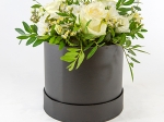Boîte à chapeau fleurie